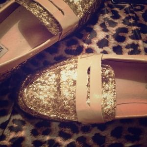 Steve Madden Shoes - *SOLD* CELEBRITY Steven Madden classic loafers!