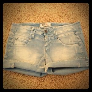 REDUCED PRICE!! Blue jean shorts from Zara