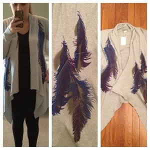 ND Weekend Sweaters - Gray feather sweater NWT