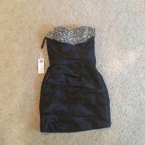 NWT black sweetheart dress