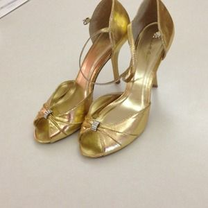 Charlotte Russe Gold Heels with Diamond Attachment