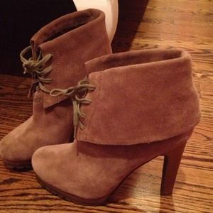 Shoes - Suede heeled booties