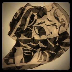 Accessories - Abstract Black and White Print Scarf