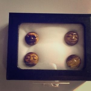 """Jewelry - ⚡⚡""""SOLD IN BUNDLE""""⚡⚡Three stones(maybe tiger eye)"""
