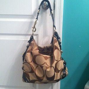 Coach Handbags - 💢Reserved for @knquinn3💢