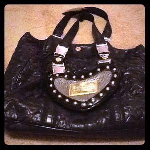 Black Betsey Johnson heart pattern tote bag