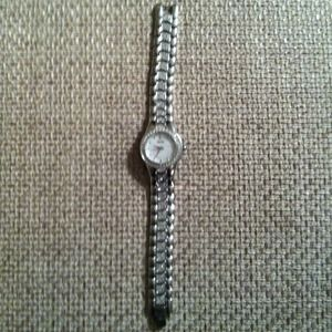 Jewelry - Beautiful Bulova watch