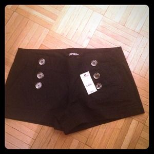 Express button front shorts!