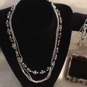 Jewelry - Murano glass bead necklace & bracelet set