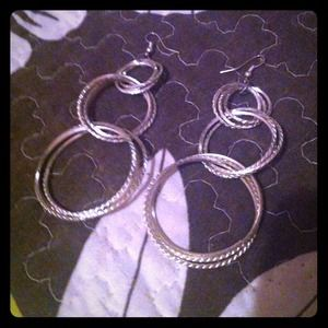 Long earringsmust Go
