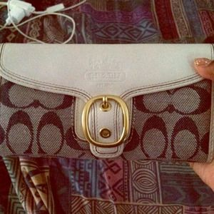 Coach Vintage Trifold wallet