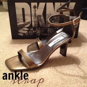 NEW DKNY Metallic Ankle Strap Shoes