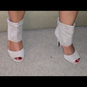 Steve Madden Leather Suede Heels