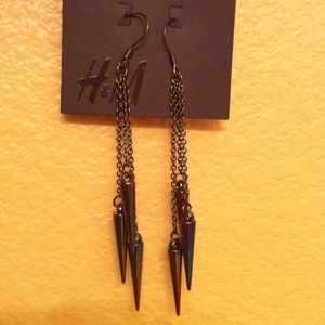 RESERVEDH&M Spiked Earrings