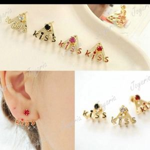 Jewelry - Floating kiss studs (red)