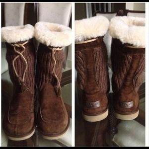 Boots - Reduced--Size 7 Uggs