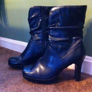 Black boots DIBA sz 8 look great w/jeans worn once