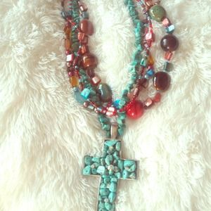Multicolored turquoise necklace