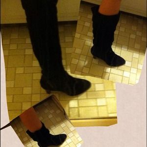 Black Boots *Mirror has streaks NOT ON BOOTS sz 8M