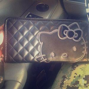 Hello Kitty Clutches & Wallets - Hello Kitty wallet!!