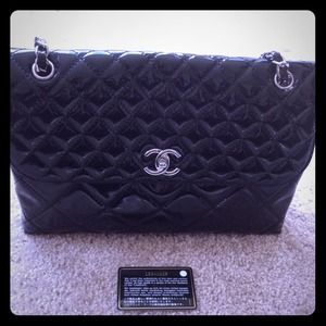 CHANEL Handbags - 💢💢💢SOLD💢💢💢