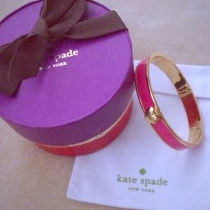 ♠️Kate Spade hinge bangle.