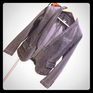 Marc Jacobs Jackets & Blazers - Marc Jacobs denim blazer in size 4/small