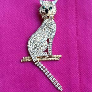 Jewelry - Cat Pin STUNNINGLY SPARKLY Rhinestones!! REDUCED!!