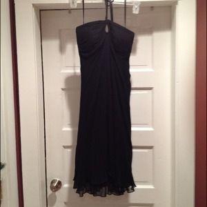 White House Black Market Dresses & Skirts - WHBM 🍓🍓Black dress w keyhole