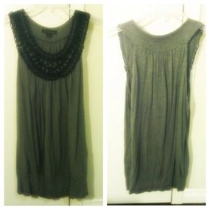 Tops - Grey tunic with crochet neckline