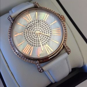 Gorgeous Anne Klein Watch w/Swarovski Crystals