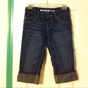 Denim - New never worn Jean capri's sz 1