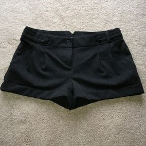 Express Pants - Size 6 express cuffed shorts nwt
