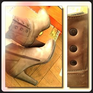 CLOSING SALE Italian Designer Ankle Boots