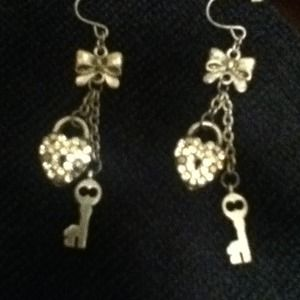 Bow, heart and lock earrings
