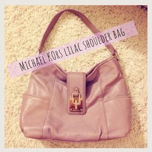MICHAEL Michael Kors Handbags - Michael Kors • Lilac Hobo Bag