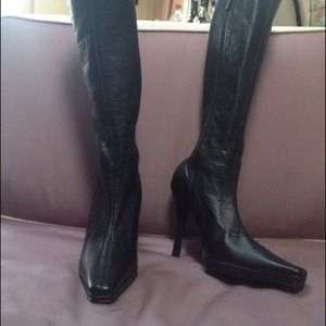 Size 8 Chinese laundry black knee high boots
