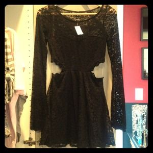 Windsor Dresses & Skirts - 🚫🚫sold🚫🚫Black lace dress