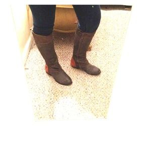 Kelsi Dagger chocolate brown boots