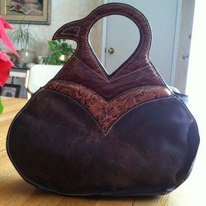 Handbags - Leather Unique Purse 💗