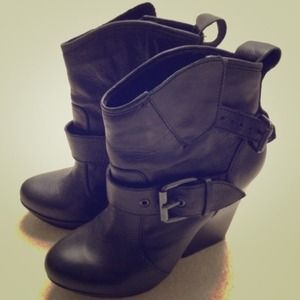 Dolce Vita Boots - Dolce Vita Dempsey Boots