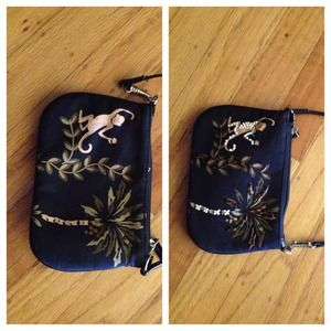 💢💢 SOLD💢💢Black wristlet with tropical flair