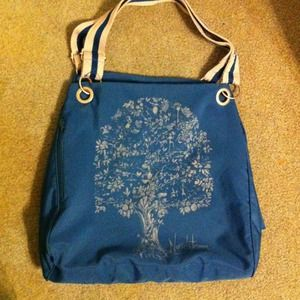 Nordstrom bag snaps on sides & change from L to XL