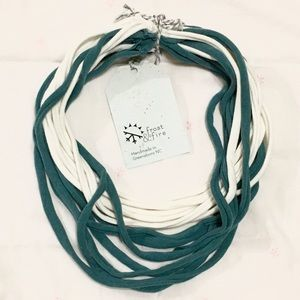 2/$15!🛍 T-Shirt Necklace Infinity Scarf 2 Colors
