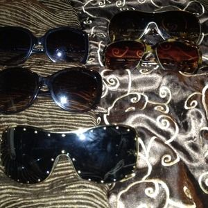 Sunglasses 2-Tiffany's,2-Coach,1-Vresace,1-Gucci