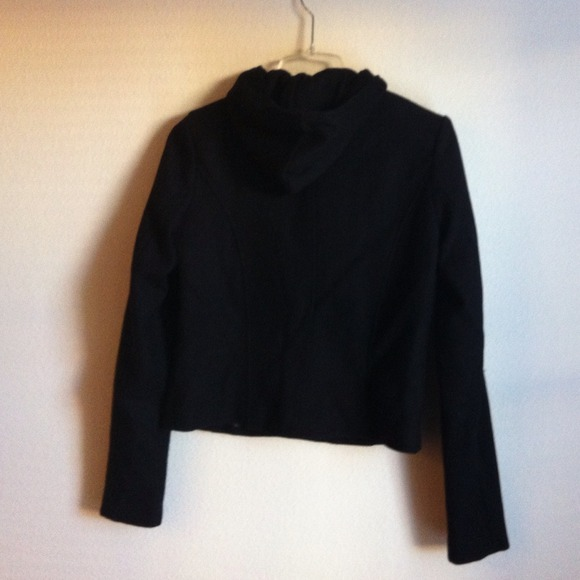 Forever 21 Jackets & Blazers - Forever 21 Black Cropped Jacket w/ Detachable Hood 4