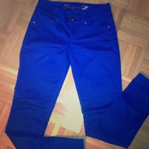 Seven7 Denim - Colbalt Blue Skinnies!!