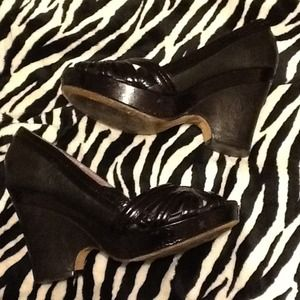 Black Leather Taryn shoes