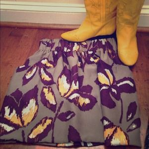 Dolce Vita Dresses & Skirts - Dolce Vita 100% silk skirt