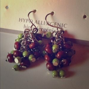 Not available!!! Green and brown cluster earrings